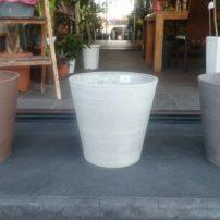 観葉植物を入れる花器が届きました
